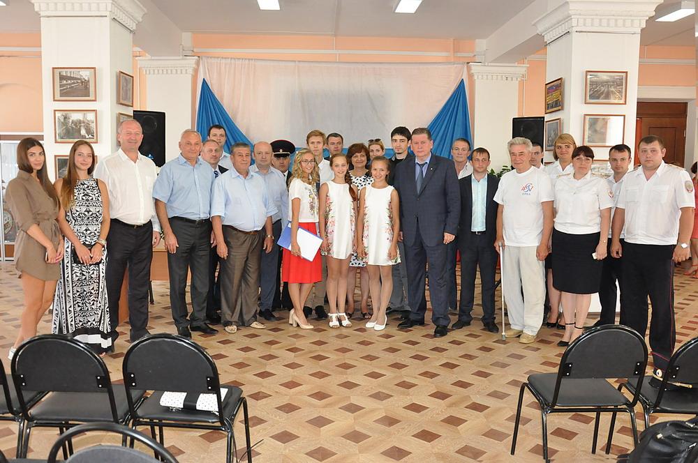 Передачи подарков детским учреждениям Орловской области